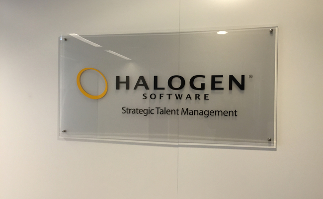 Luxe Logobord Halogen